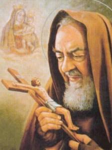 Padre Pio ante la cruz
