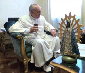 El Papa Francisco y la Virgen de Luján