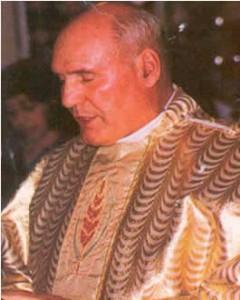 Padre Marel Nault