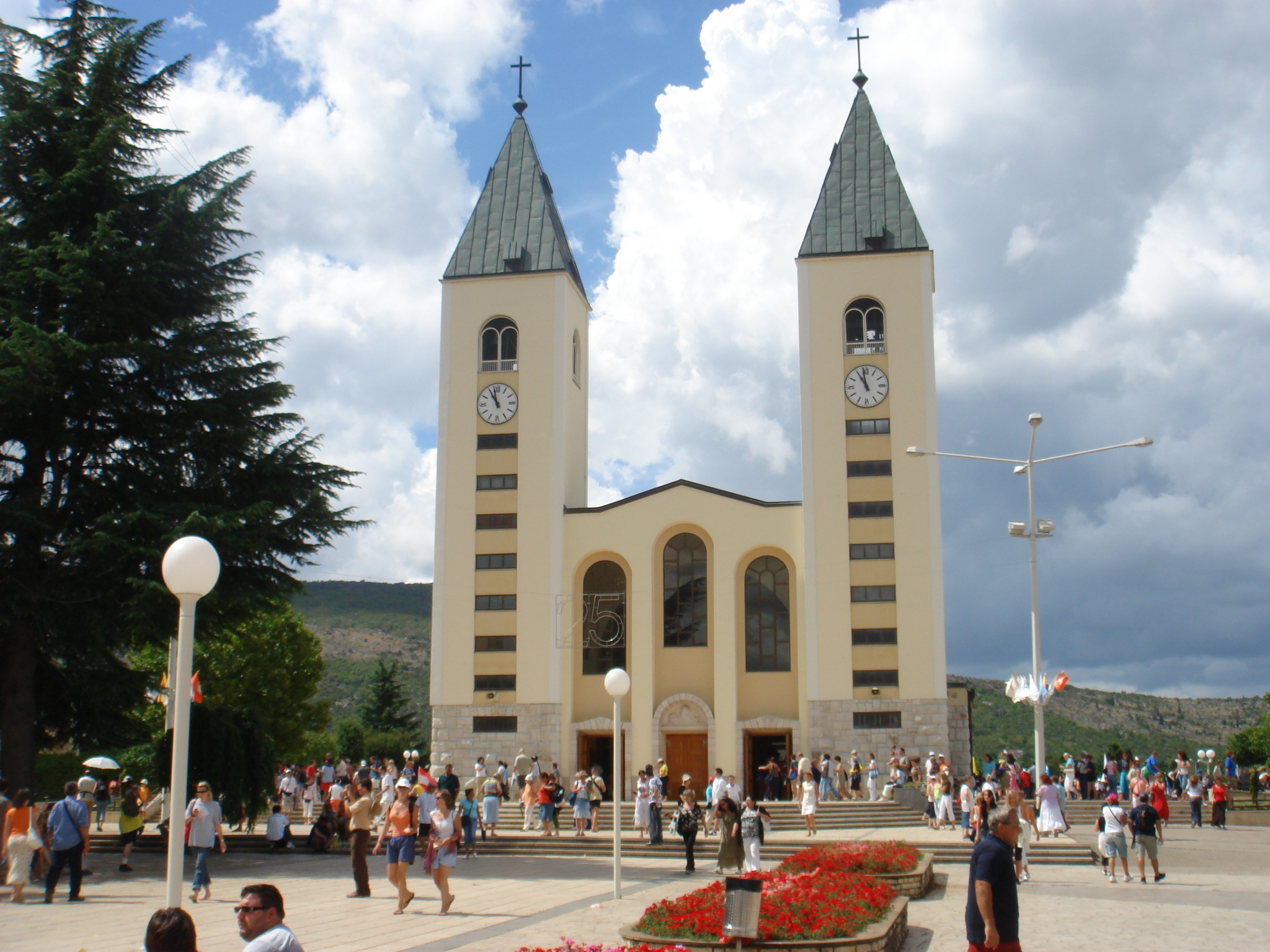 Međugorje_St.James_Church