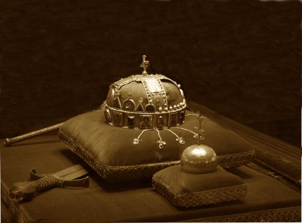 Corona y espada de Rey