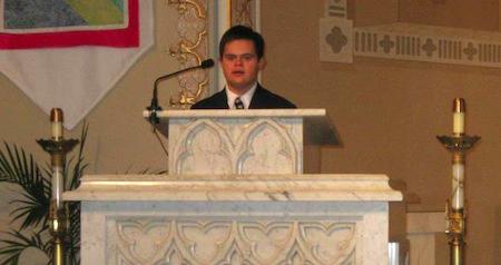 Emmanuel en la Iglesia