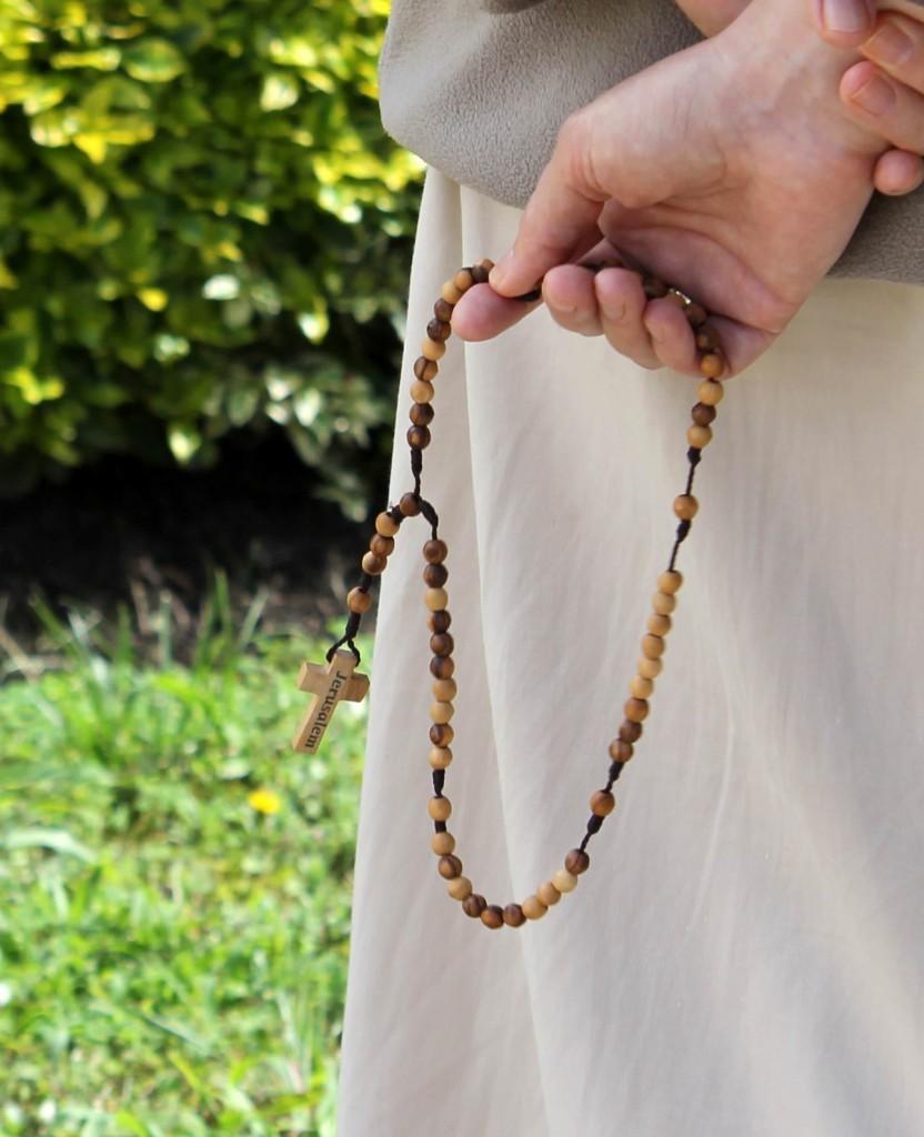 Rezar el rosario 2