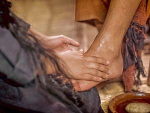 María Magdalena unge los pies de Jesús